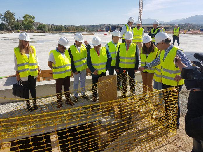 Visita obras de construcción del Olivo Arena.