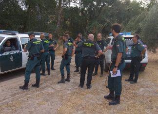 Guardias civiles en la búsqueda de una mujer en Quesada.