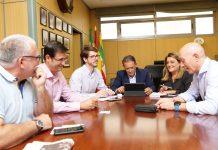 Reunión del alcalde de Linares con la plataforma Todos a una por Linares.