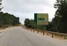 Carretera A-317 a su paso por Santiago-Pontones.