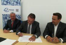El alcalde de Linares, Raúl Caro-Accino y el vicepresidente de HC, Jordi Aranega.