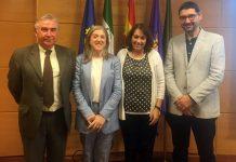 Mercedes López junto al Tribunal de la UJA en la presentación de su tesis