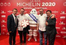 El alcalde de Jaén, Julio Millán y el presidente de la Diputación, Francisco Reyes, junto con las dos Estrella Michelin de Jaén, Juan Aceituno y Pedro Sánchez