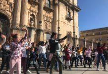 Flashmob de Flamenco en la plaza de Santa María.