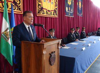 El alcalde de Linares, Raúl Caaro-Accino, durante el acto de clausura.