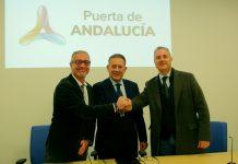 Los tres alcaldes presentarán en Madrid, el jueves, esta iniciativa.