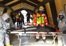 El 061 participa en un simulacro con víctimas ante riesgos tecnológicos en Linares