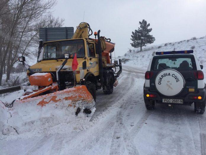 Carretera nevada en Tíscar. FOTO: Subdelegación del Gobierno