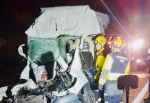 Estado en el que ha quedado el vehículo siniestrado en la A-316. FOTO: Bomberos de Jaén