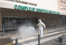 Labores de desinfección en el hospital de Jaén.