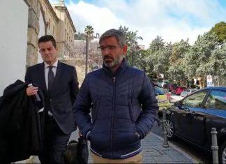 El condenado a su salida del juicio celebrado en la Audiencia Provincial.