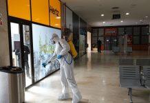 Militares de la UME desinfectan la estación de trenes de Jaén. FOTO: HoraJaén