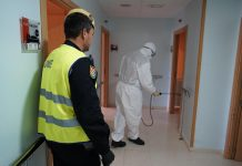 Militares en labores de desinfección en Jaén.