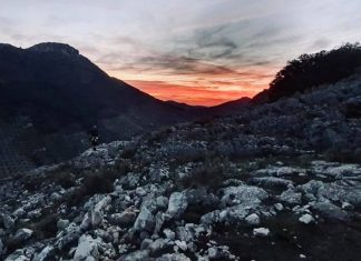 Rescate en el cerro de la Mella. FOTO: Bomberos de Jaén