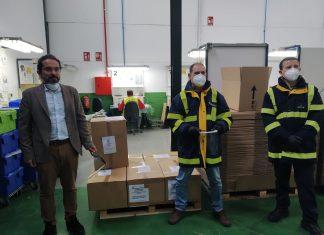 Correos distribuirá las viseras fabricadas en Martos.