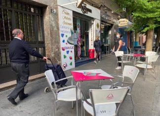 Terraza abierta en Avenida de Andalucía