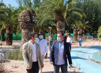 Visita a la piscina de Las Fuentezuelas que abrirá en julio.