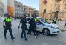 Detenido tras intentar agredir a un agente horas antes. FOTO: Peragón