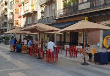 Terraza de un bar en Jaén. FOTO: HoraJaén