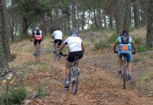 Ciclistas realizando ruta en Sierra Mágina. FOTO: Pedro MC